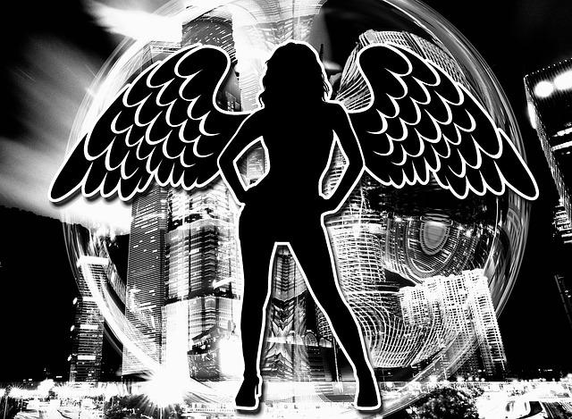 žena s křídly, velké město
