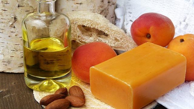 mýdlo olej mandle