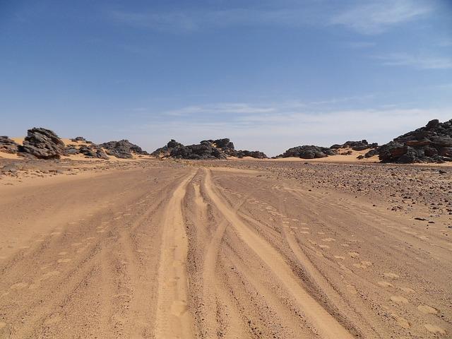 pouštní písek