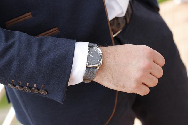 luxusní hodiny