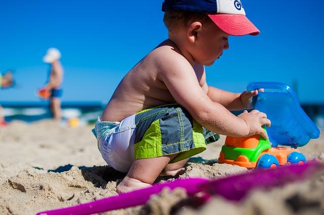 hraní na písku