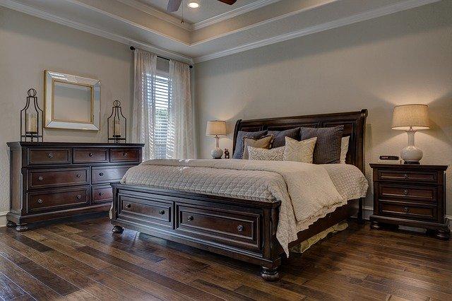 Postele z masivu pro kvalitní odpočinek i jedinečný vzhled ložnice